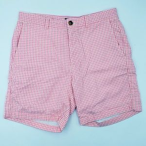 VINEYARD VINES Breaker shorts size 33